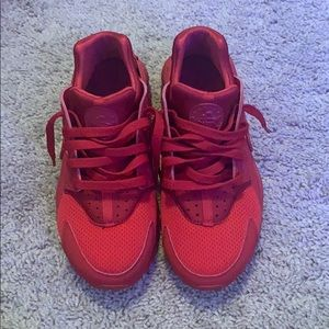 Red hurraches